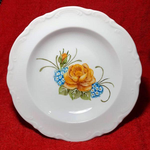 soraya pamplona porcelanas pintadas prato fundo de jantar de rosas e miosotis