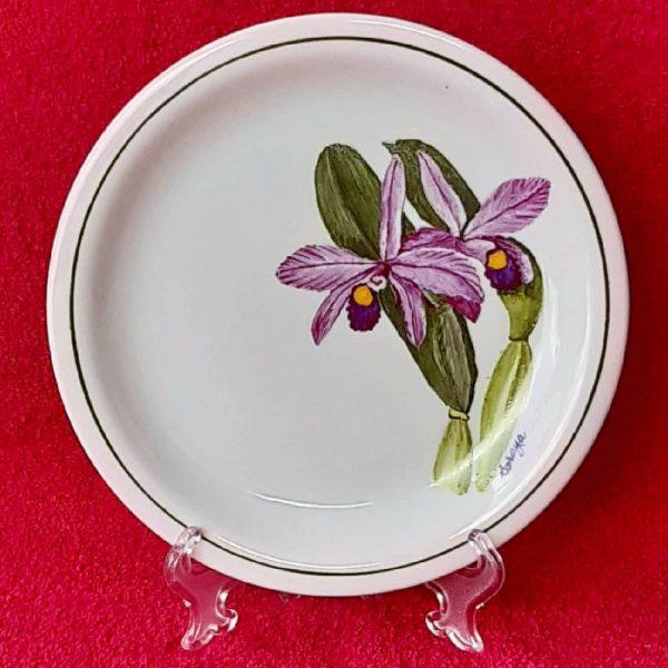 soraya-pamplona-porcelanas-pintadas-prato-de-sobremesa-orquidea-lilas