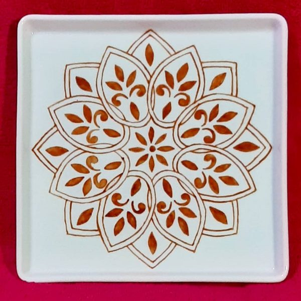 soraya pamplona porcelanas pintadas bandeja quadrada mandala zen caramelo