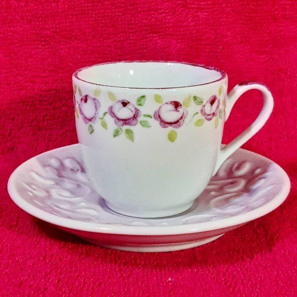soraya pamplona porcelanas pintadas xicara de cafe xicara de cha rosa rosas