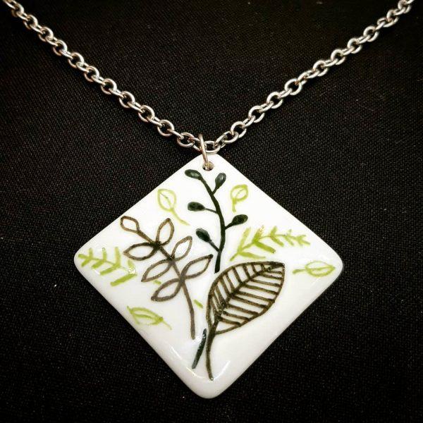 soraya-pamplona-porcelanas-pintadas-pingente-verde-plantas-plantinhas-urban jungle